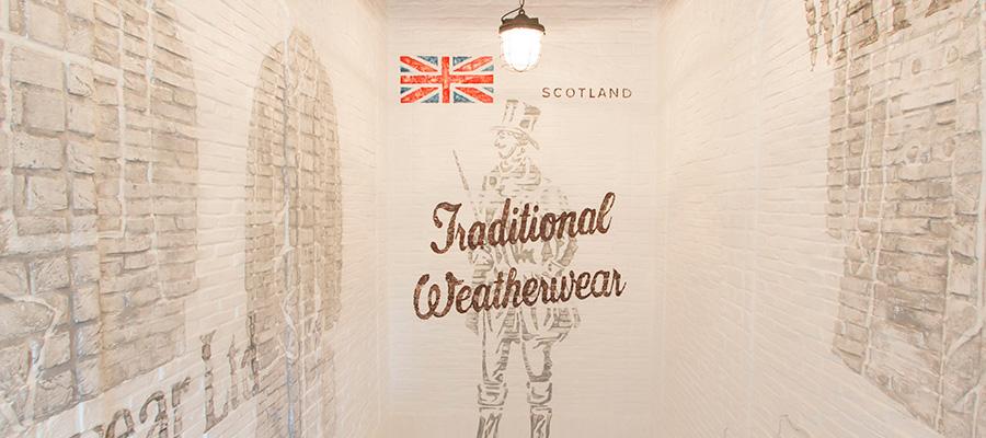 モダン・ブリティッシュ・スタイル – 1 –  MACKINTOSHのDNAを受け継ぐ Traditional Weatherwear 青山店が誕生