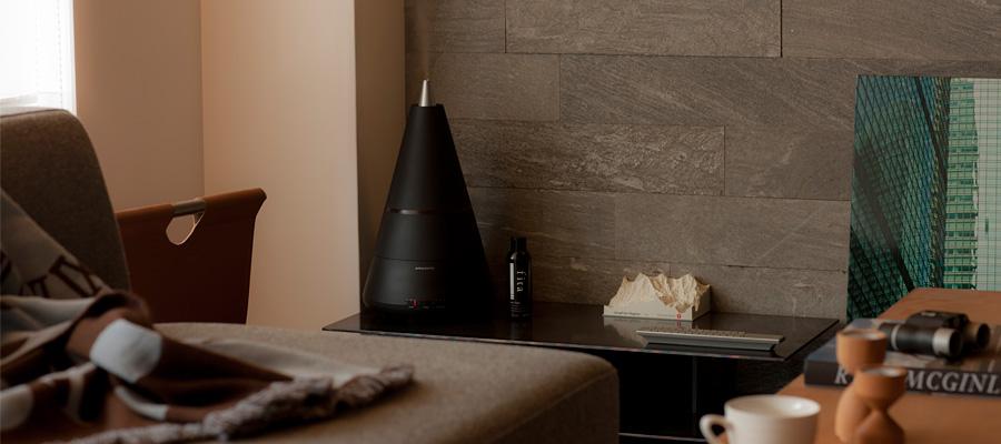 冬のデザイン家電 − 2 − アロマを楽しみ オシャレに潤す加湿器