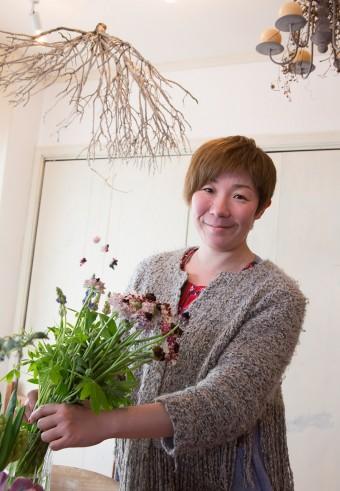 岡本典子さん。花を取り入れた生活を提案。 http://www.tiny-n.com