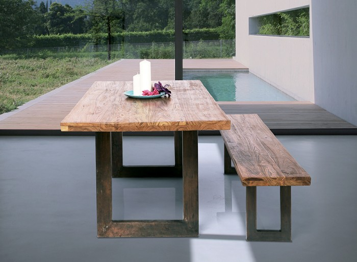 《Factory wood table》