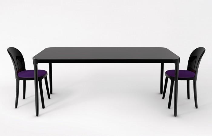 《VANITY TABLE》