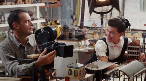 デザイン・ムービー 映画『ふたりのイームズ』傑作チェアはいかにして生まれたか