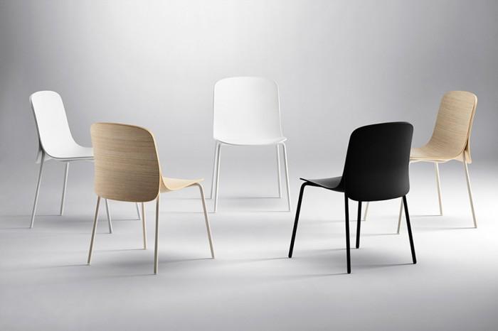 「Cape」Nendoデザイン。綺麗なラインを描く木製の座面と背面、それを支える超軽量のスチールの組み合わせ。