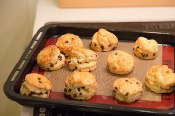 チョコレートとオレンジを混ぜ込んだスコーン。さくさくとして、バターの香りも豊か。
