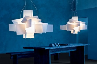「BIG BANG」外部デザイナーではなく自社工場の職人がデザイン。LED仕様。
