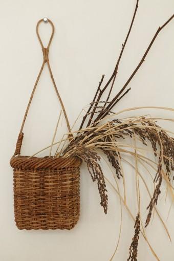 玄関の正面の壁には、福田さんが群馬で収穫した古代米。