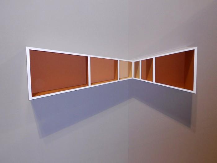 「Scaffale」遠近法を実体化した棚。 www.cosentinospanio.com