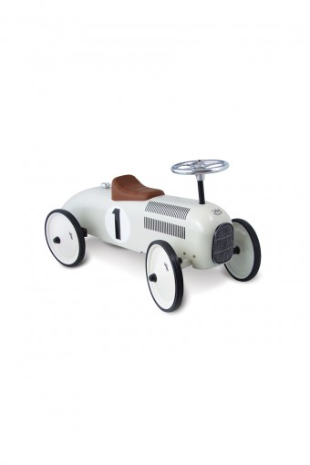 WHITE METAL CAR W800 D180 H230mm ¥16,800 Vilac/THE CONRAN SHOP