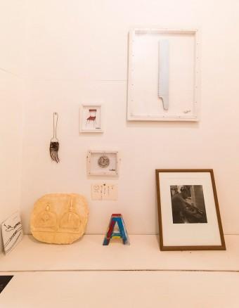 古材で作った「A」は、今年の陶器市に出品したもの。グラフィックデザイナーの経験もあるwakaさんらしい素敵な作品。