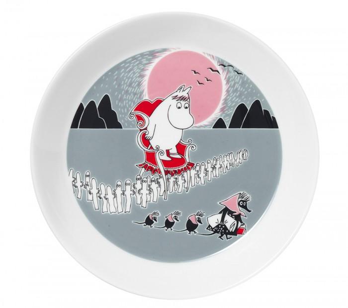 フィンランドの陶器ブランド「Arabia」。1873年創設の名窯は飽きのこないロングライフ・デザインと品質が定評。ムーミン・アドベンチャーMove プレート 4,000円(税抜)© Moomin Characters™