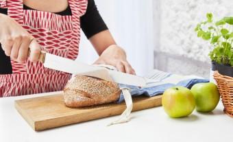 コットンのテーブルクロスでパン専用袋の出来上り。