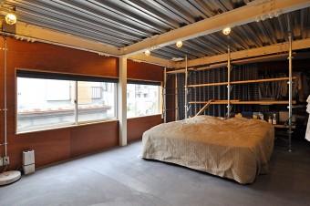 2階の寝室スペース。