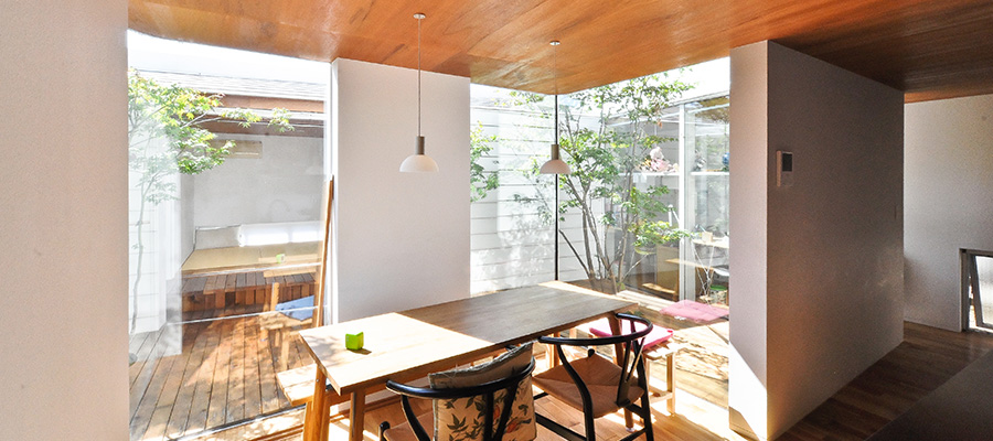 中庭へと開かれた快適住空間 ここにしかない、 かけがえのない贅沢な時間