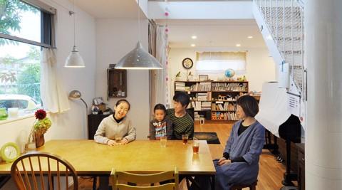 組み合わせの妙を楽しみながら中古家具で、オリジナルで、空間をカスタマイズ