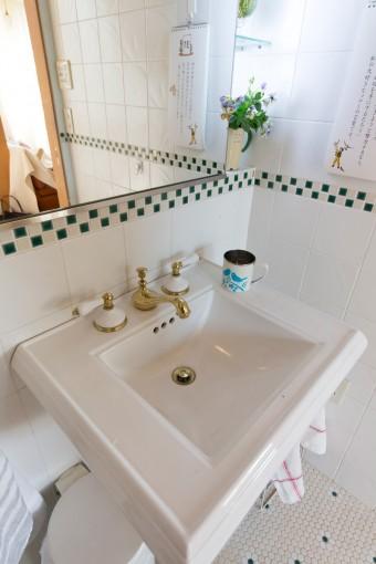 水栓金具は、以前から使いたかったKOHLER社のものに。