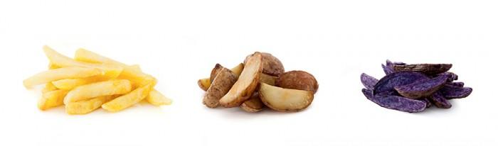 """(左)BERGIAN BINTJE FRIET:一番人気の本場ベルギー産のビンチェ種のストレートカット 太さ12mm。揚げたてをいただくのがもちろん至高だが、冷めても芋の美味しさが失われないほどしっかりとした旨味。(中央)JAPANESE FRIET:国産季節限定じゃが芋。ウェッジカット(乱切り)で、ホクホクとした食感を楽しみたい。(右)RARE FRIET(+100円):あまり見かけることも口にすることもない""""レア""""な品種も今後用意される予定。"""