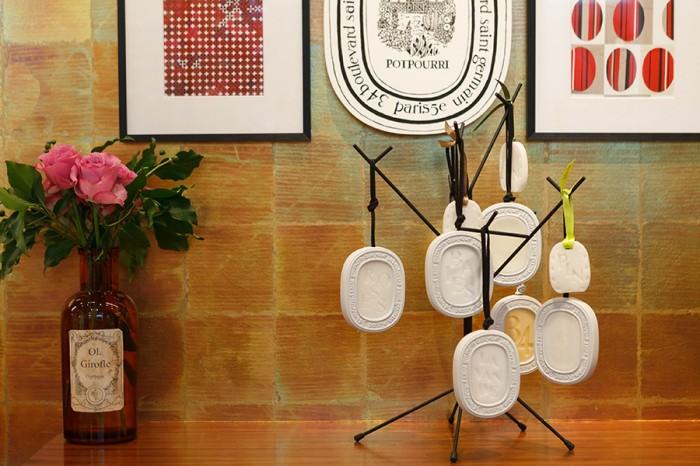 香りのオーバル AMBRE(アンブル) BAIES(ベ) FEUILLE DE LAVANDE(フュユ ド ラヴァンド) FIGUIER(フィギエ) ROSES(ローズ) 各5,250