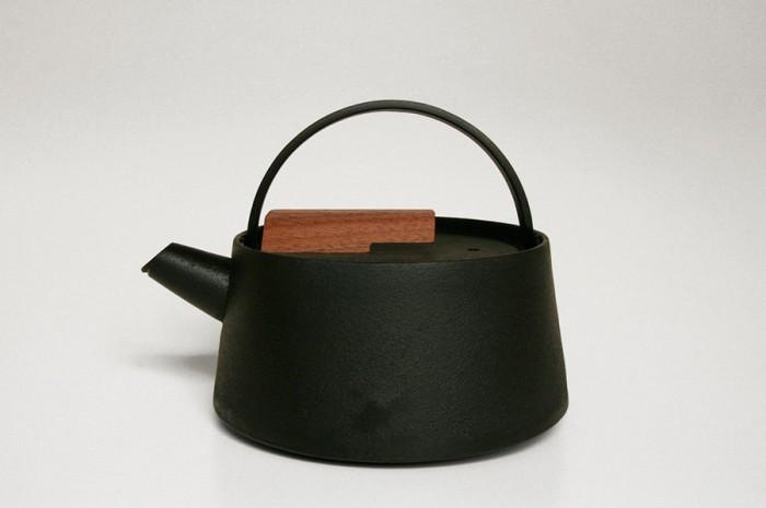 鉄瓶 φ165 H150mm ¥21,000 tetu/designshop
