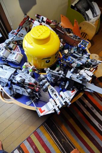 子供たちはレゴにも夢中。スターウォーズが特にお気に入り。