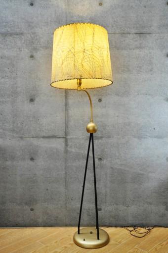 アメリカ50年代のアンティークのランプ。