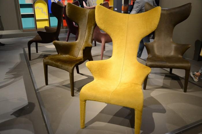 「LouRead」Philippe Stark, Eugeni Quitlletデザイン。カルロ・モッリーノと50年代デザインへ捧げたオマージュ作品(2010年)。