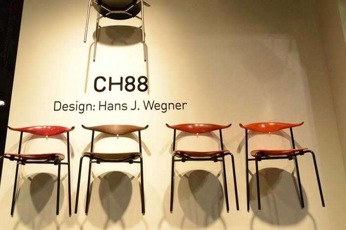 ハンス・J・ウェグナー生誕100周年記念記念モデル、CH88