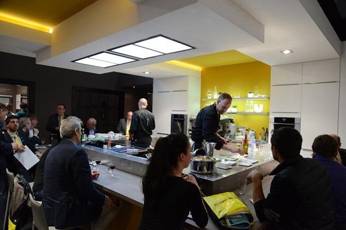 モバルパ社のパートナーシェフによる調理実演&試食は大盛況だった。