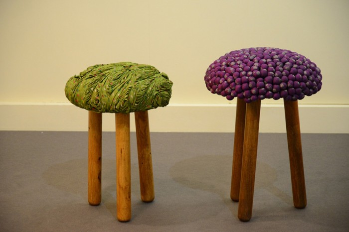 「Upcycled Stool」無数の襞が立体感と強度を生む。