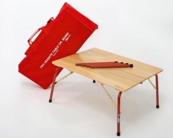 Roma chair W590 D630 H870 SH440mm(収納時 W590 H880 D140mm) 各¥11,000 HIGH & LOW table W800 D600 H700 H390mm(収納時 W800 H340 D130mm) ¥16,000 以上 Castelmerlino/ゾーンコーポレーション