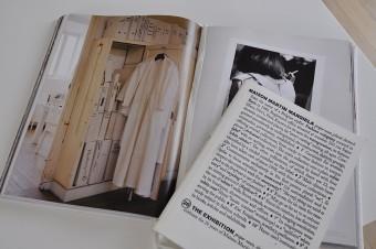 家を作る際にイメージしたマルタン・マルジェラの世界観。「この家も使い込むうちにどんどんカッコよくなればうれしいです」