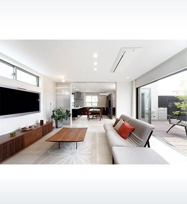 ヘーベルハウスの実例中庭を取りこみ、空間をつなぐ快適な住まい