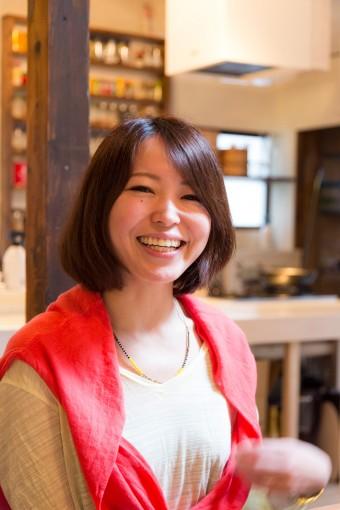 柚木さとみさん。空間づくりのノウハウをまとめた「暮らしのトンテン」も出版。http://satokitchen.com