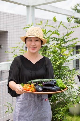 撮影のために少し採り残しておいていただいたそうではあるけれど、夏野菜が1度でこんなに収穫ができる