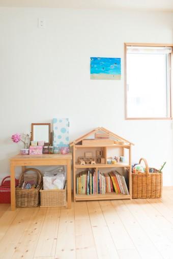 子供にも片付けの大切さを教えている。整理しやすいよう、おもちゃをアイテム毎に分けるルールを徹底。