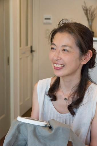 田中佳子さん。自宅で刺繍教室を開く。作品はイベントなどに出展。 http://ntana93.wix.com/fait-a-la-main-ecru-