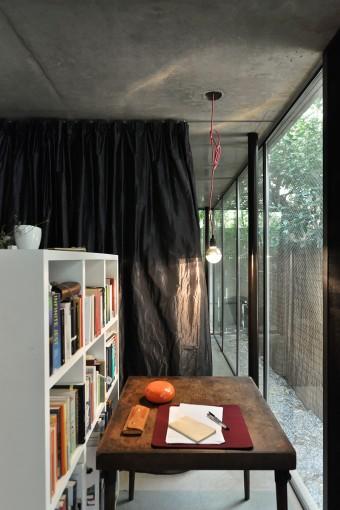 1階の書斎スペース。