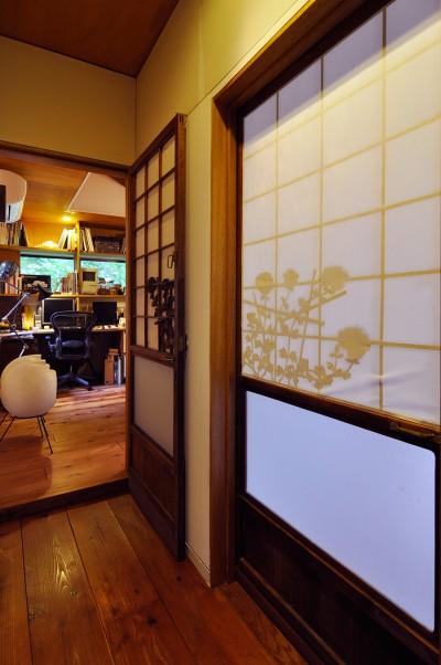 「建具は菊のシルエットがきれいだったので、祖父の家で使っていたものをもらい受けました」