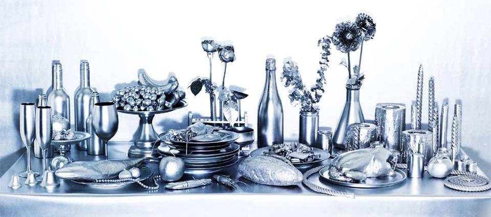 クリスマス −2−  テーブルを華やかに彩る キャンドル&グロッサリー
