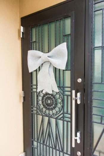 玄関も季節感を活かしてデコレーション。