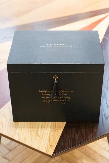 4Drawer Ultimate Box  ¥42,0000 アニヤ・ハインドマーチ/アニヤ・ハインドマーチ ジャパン