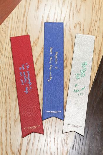 Book Mark 各¥13,000 アニヤ・ハインドマーチ/アニヤ・ハインドマーチ ジャパン