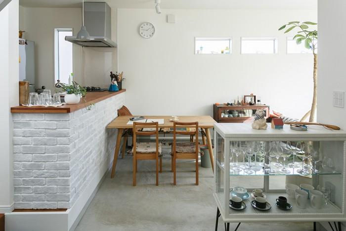 このままカフェが出来そうな空間の1階。