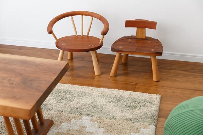 家具工房オリジナルの子ども用椅子。