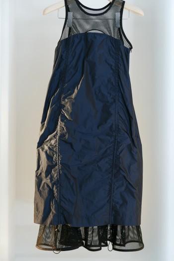 ドレス ¥44,000 JOHN LAWRENCE SULLIVAN