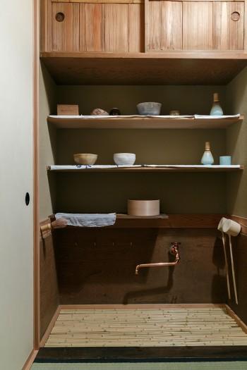 茶席の準備や片付けをする「水屋」も完備。