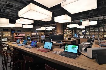Surface Pro 3は、Signature エディション使用のPC/タブレットも販売。