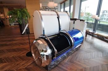 ウェルネススペースに用意されたSIGMA酸素カプセル。15分1000円〜体験が可能。