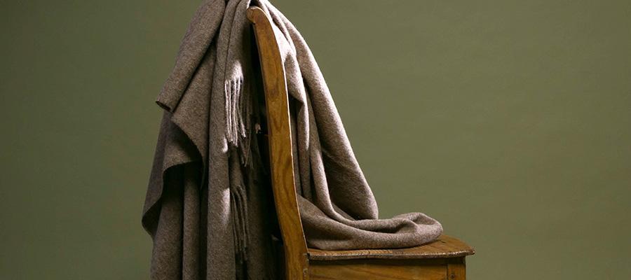 ブランケット −2− 上質なウールで過ごす ノスタルジックな冬の夜