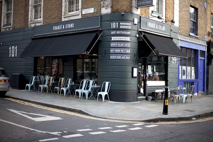 本国の「フランツ&エヴァンス ロンドン」。トレンド発信の地・ショーディッチに店を構える。
