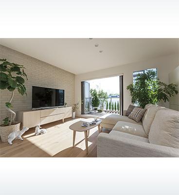 ヘーベルハウスの実例光と風、緑を楽しむ住宅密集地の3階建て